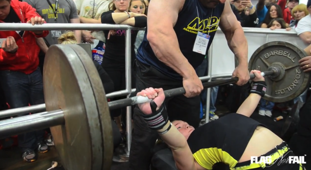13 Year Old Girl Bench Presses 240lb At Arnold Classic!