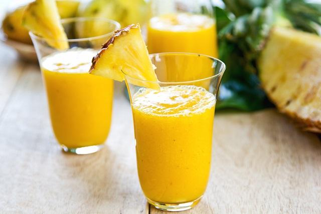 Mango with pineapple smoothie